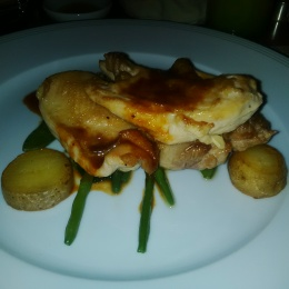 Spring chicken with potatoes and green beans